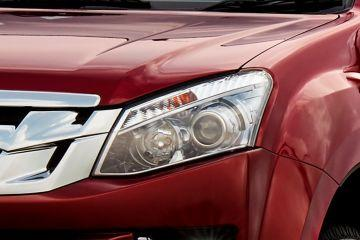 ISUZU D-MAX V-Cross Headlight
