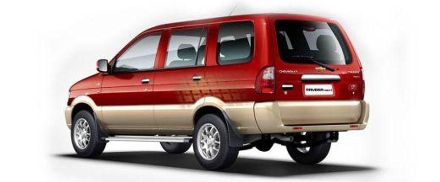 Chevrolet Tavera 2012-2017 Rear Left View Image