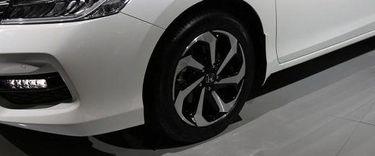 நியூ ஹோண்டா நியூ அக்கார்டு sporty wheels