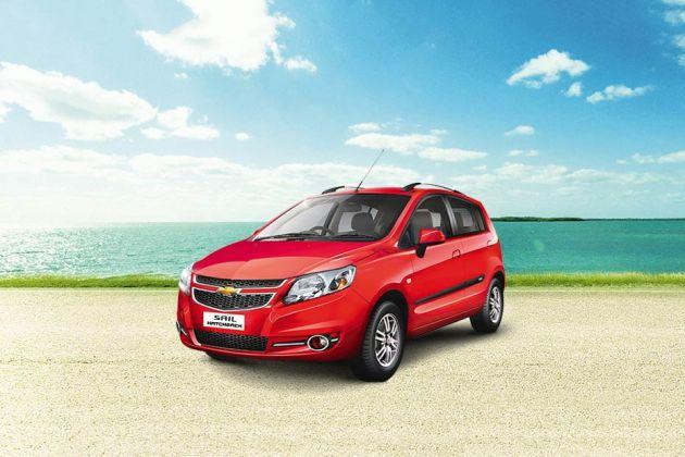 Chevrolet Sail Hatchback Front Left Side Image
