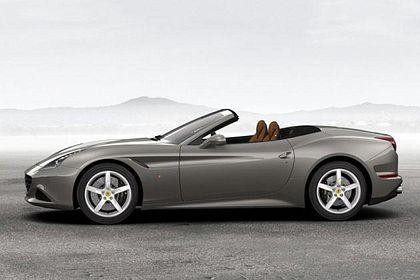 Ferrari California T Side View (Left)  Image