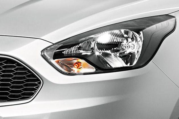 Ford Figo Cross Headlight Image