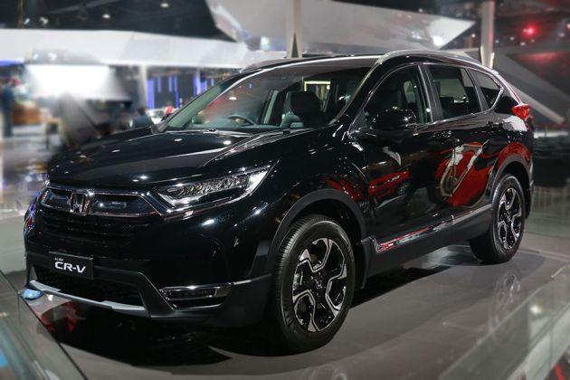 Honda CR-V 2018 Front Left Side Image