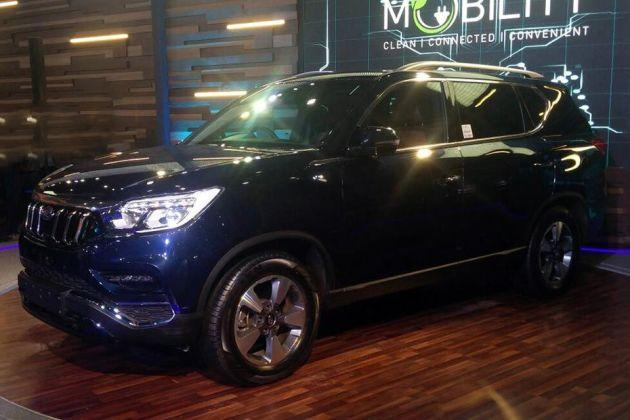 Mahindra Xuv700 On Road Price Diesel Features Specs Images