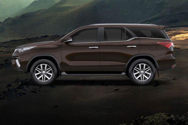 Toyota Fortuner 2011-2016 Side View (Left)  Image