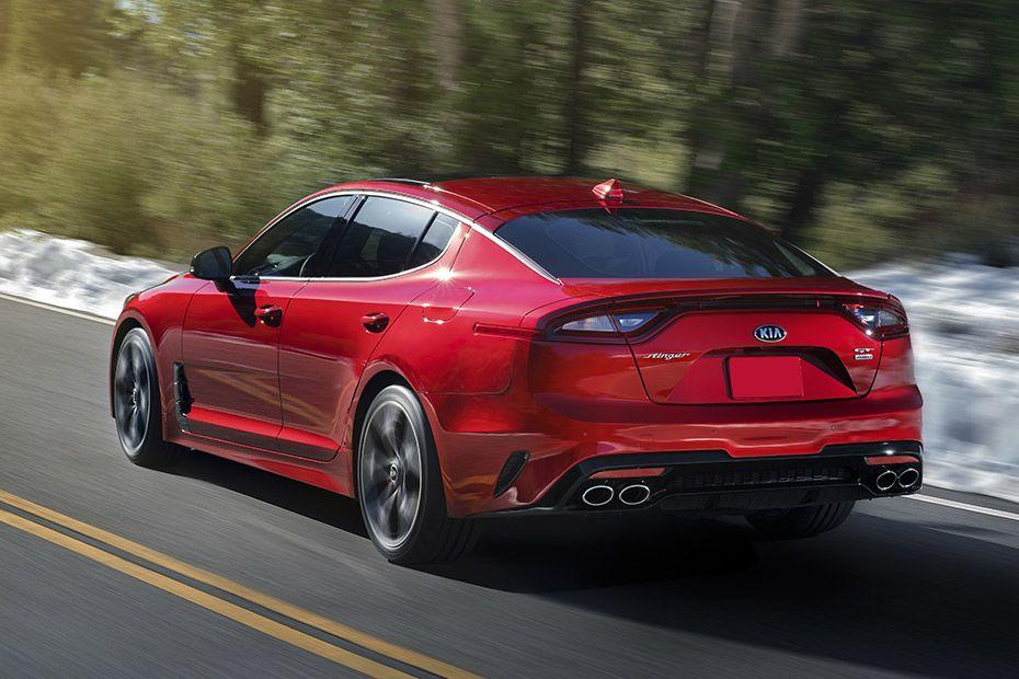 Kia Stinger Rear Left View Image