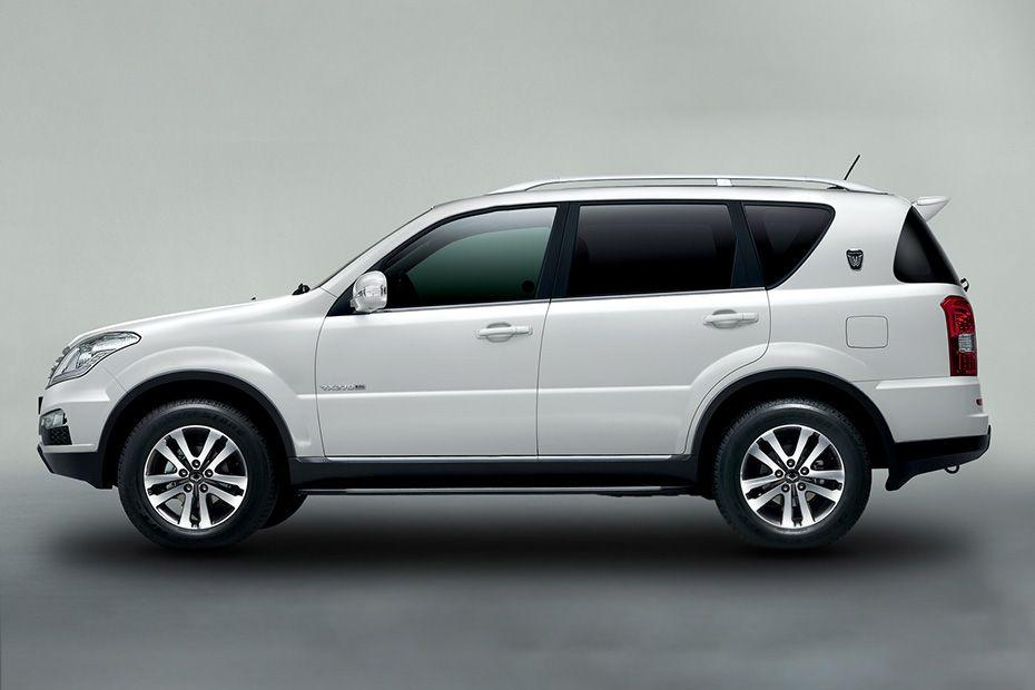 Mahindra Ssangyong Rexton Side View (Left)  Image