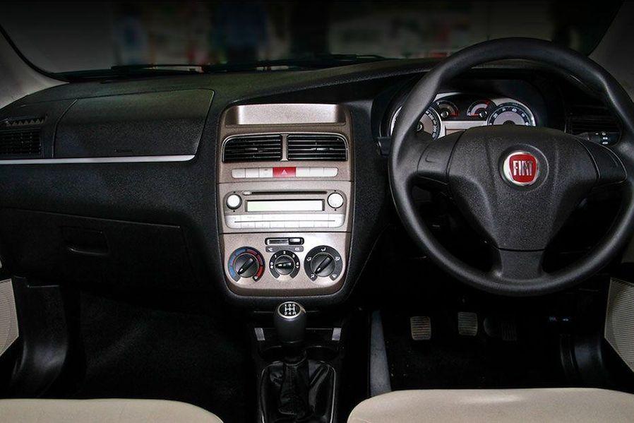 Fiat Linea Classic DashBoard Image