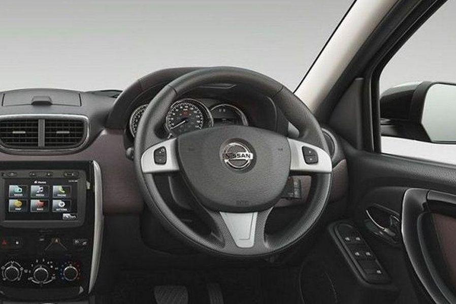 Nissan Terrano 2013-2017 Steering Wheel Image