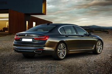 BMW 7 Series Rear Right Side