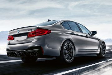BMW M5 Rear Right Side