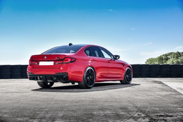 BMW M5 Rear Right Side