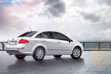 Fiat Linea Rear Right Side
