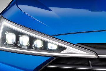Hyundai Elantra Headlight