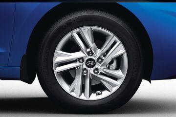 హ్యుందాయ్ ఎలన్ట్రా Wheel