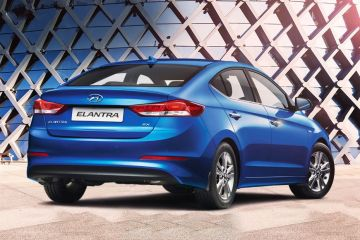 Hyundai Elantra Rear Right Side