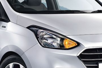Hyundai Xcent Headlight