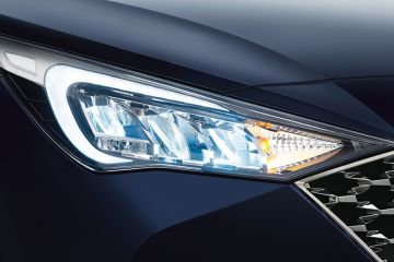 Hyundai Verna Headlight