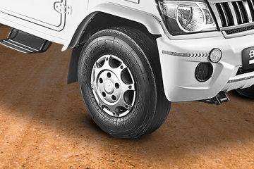 महिंद्रा बोलेरो पिक-अप Wheel