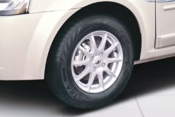 Mahindra E Verito Wheel
