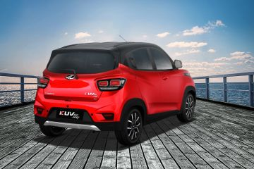 Mahindra KUV100 NXT Rear Right Side