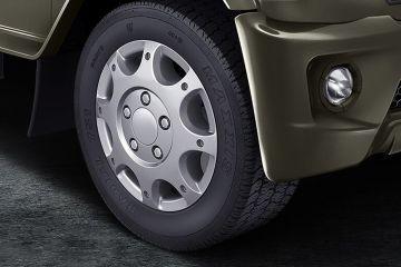 महिंद्रा बोलेरो Wheel