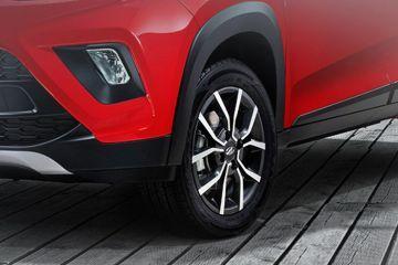 Mahindra KUV100 NXT Wheel