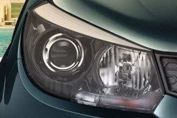 Mahindra Marazzo Headlight