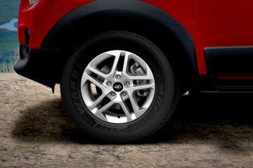 Mahindra NuvoSport Wheel