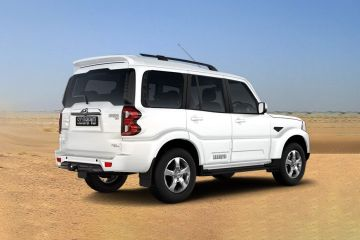 Mahindra Scorpio Rear Right Side