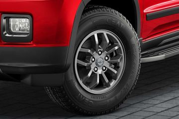 Mahindra TUV 300 Wheel