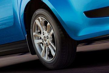 Mahindra e2oPlus Wheel
