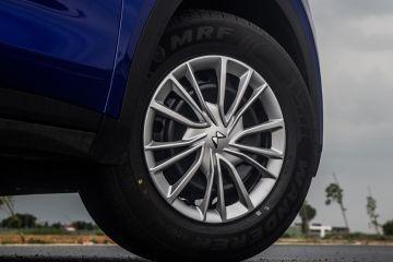 Mahindra XUV700 Wheel