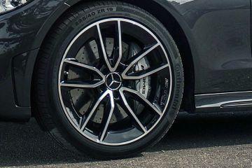 Mercedes-Benz AMG C 43 Wheel