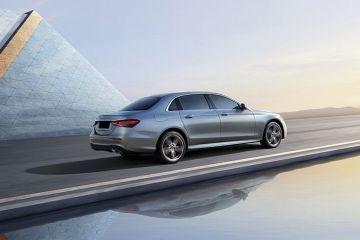 Mercedes-Benz E-Class Rear Right Side