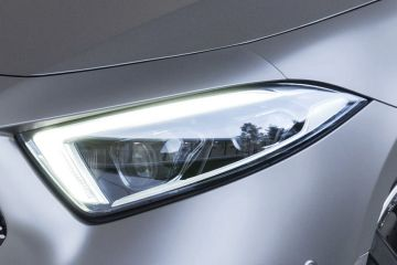 Mercedes-Benz CLS Headlight