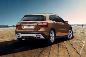 Mercedes-Benz GLA Class Rear Right Side