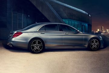 Mercedes-Benz S-Class Rear Right Side