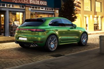 Porsche Macan Rear Right Side