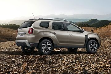 Renault Duster Rear Right Side