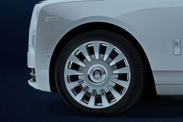 रोल्स-रॉयस फैंटम Wheel