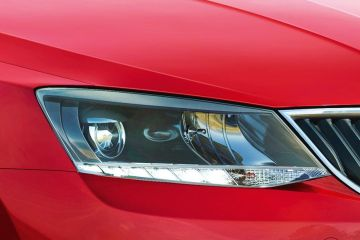 Skoda Rapid Headlight