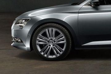 स्कोडा सुपर्ब Wheel