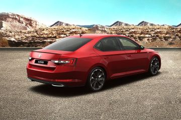 Skoda Superb Rear Right Side