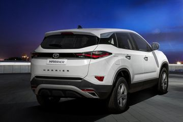 Tata Harrier Rear Right Side