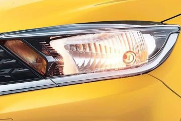 Tata Tiago Headlight