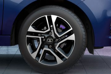 Tata Tiago Wheel