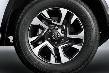 Toyota Fortuner Wheel
