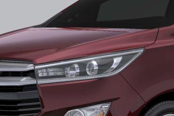Toyota Innova Crysta Headlight