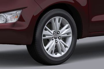 Toyota Innova Crysta Wheel